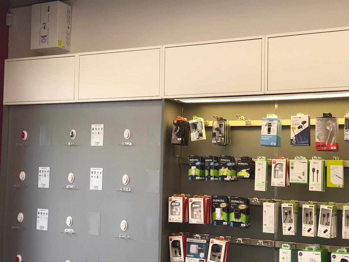 intérieur du magasin de téléphonie-2A-mobile
