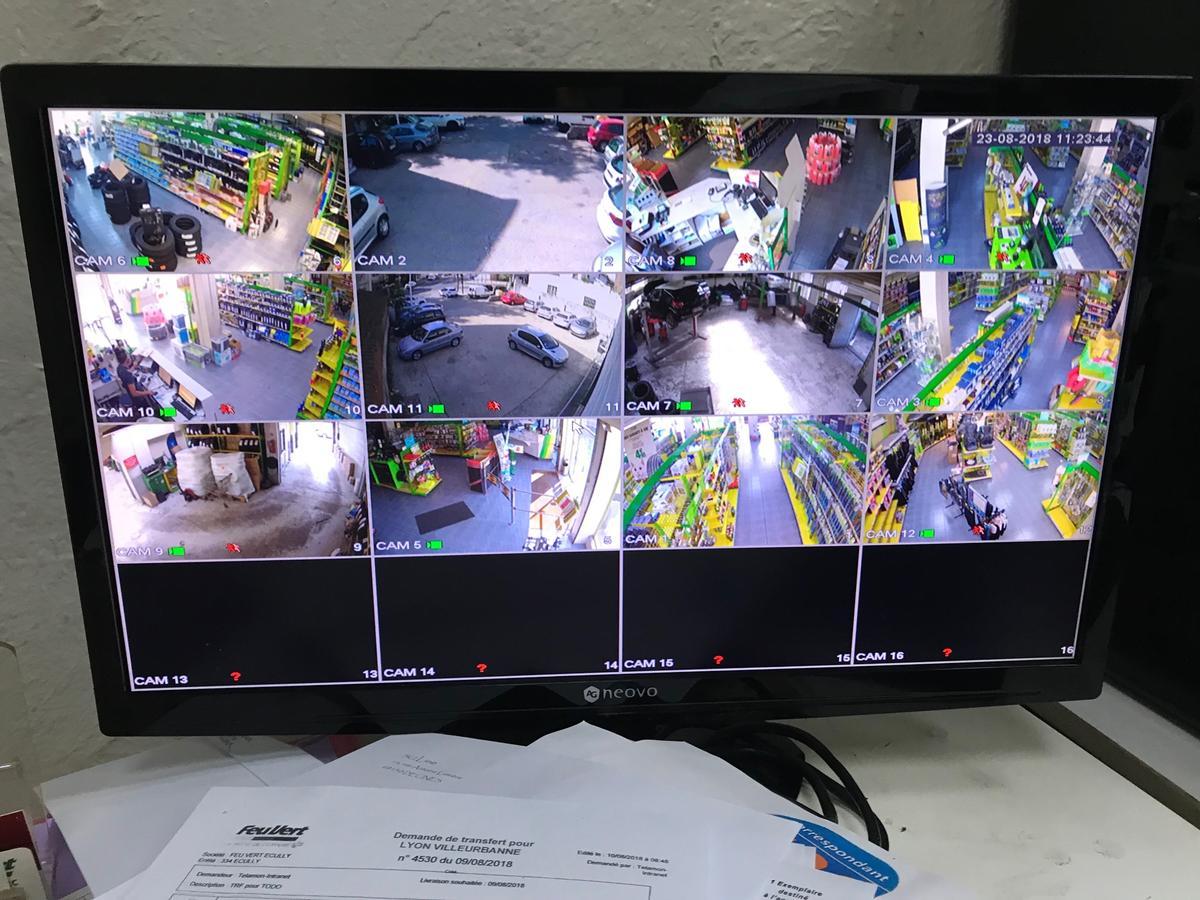 supervision-securite-centre-auto-feu-vert-secteur-lyon